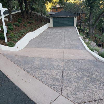 LG Concrete driveways